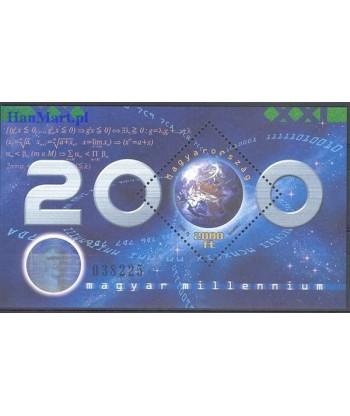 Węgry 2000 Mi bl 256 Czyste **